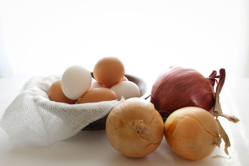 How to naturally dye eggs for Easter using onion skins l Our Sweet Somewhere